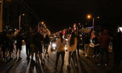 Czwarty dzień protestów na Białorusi. Brutalne interwencje organów ścigania