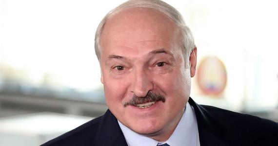 Białoruś. Wybory prezydenckie. Sondaż wyjściowy rządu: wygrywa Aleksander Łukaszenko
