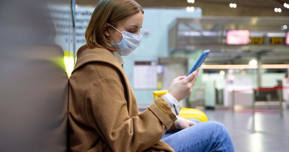 Koronawirus w Wielkiej Brytanii: przywrócona kwarantanna z trzech krajów